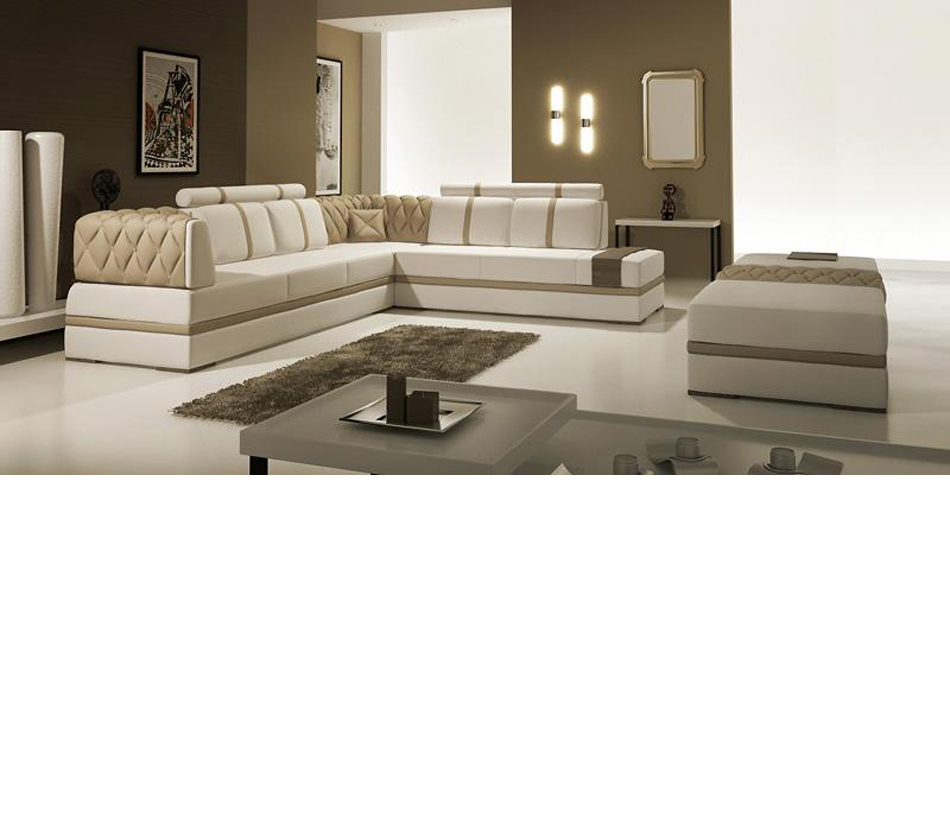 DreamFurniture 5013 Modern Bonded Leather