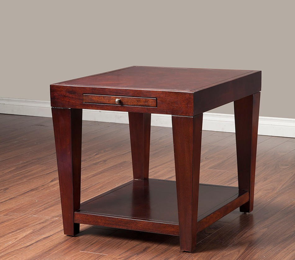 Dreamfurniture Com Wilmington End Table With Shelf And
