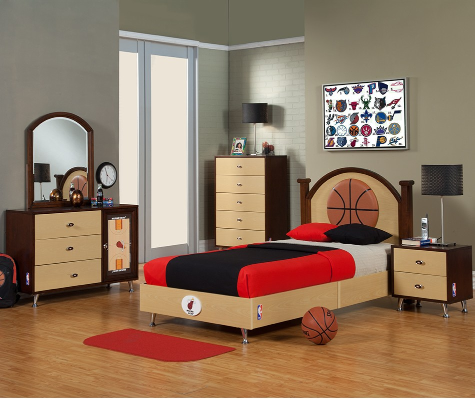 NBA Basketball Miami Heat Bedroom In A Box. DreamFurniture com   NBA Basketball Miami Heat Bedroom In A Box