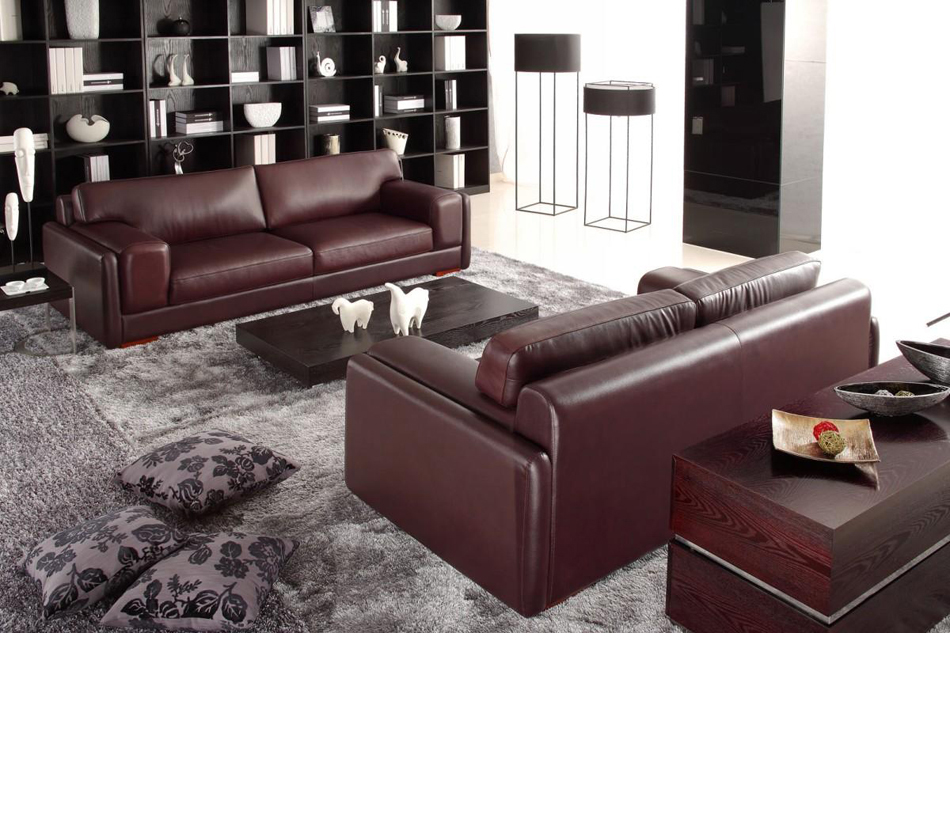 DreamFurniture 522 Modern Bonded Leather Sofa Set