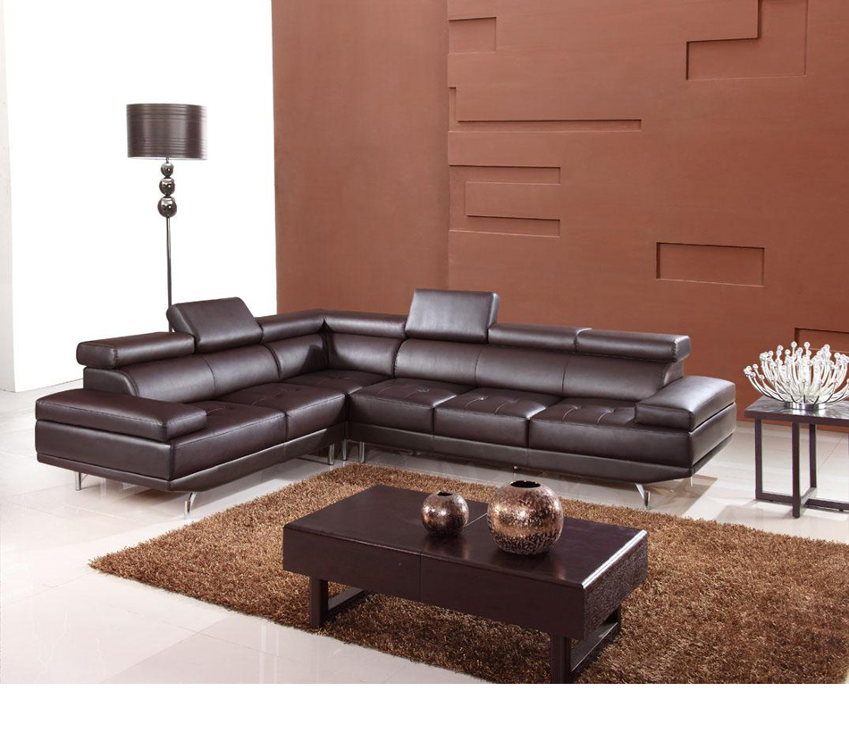 DreamFurniture 9054 Modern Bonded Leather