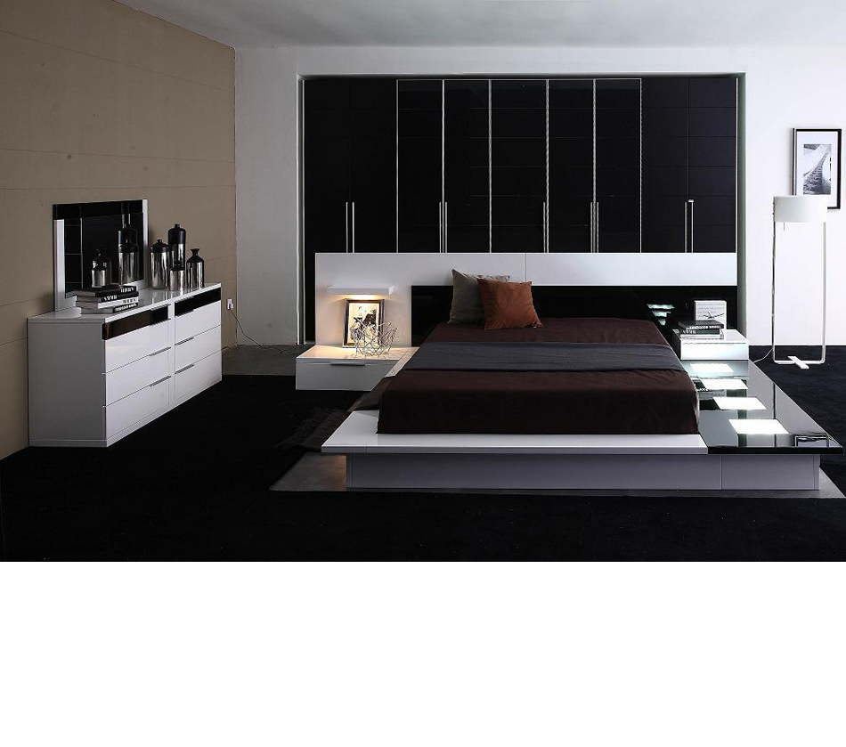Contemporary Modern Beds: Impera Modern-Contemporary Lacquer