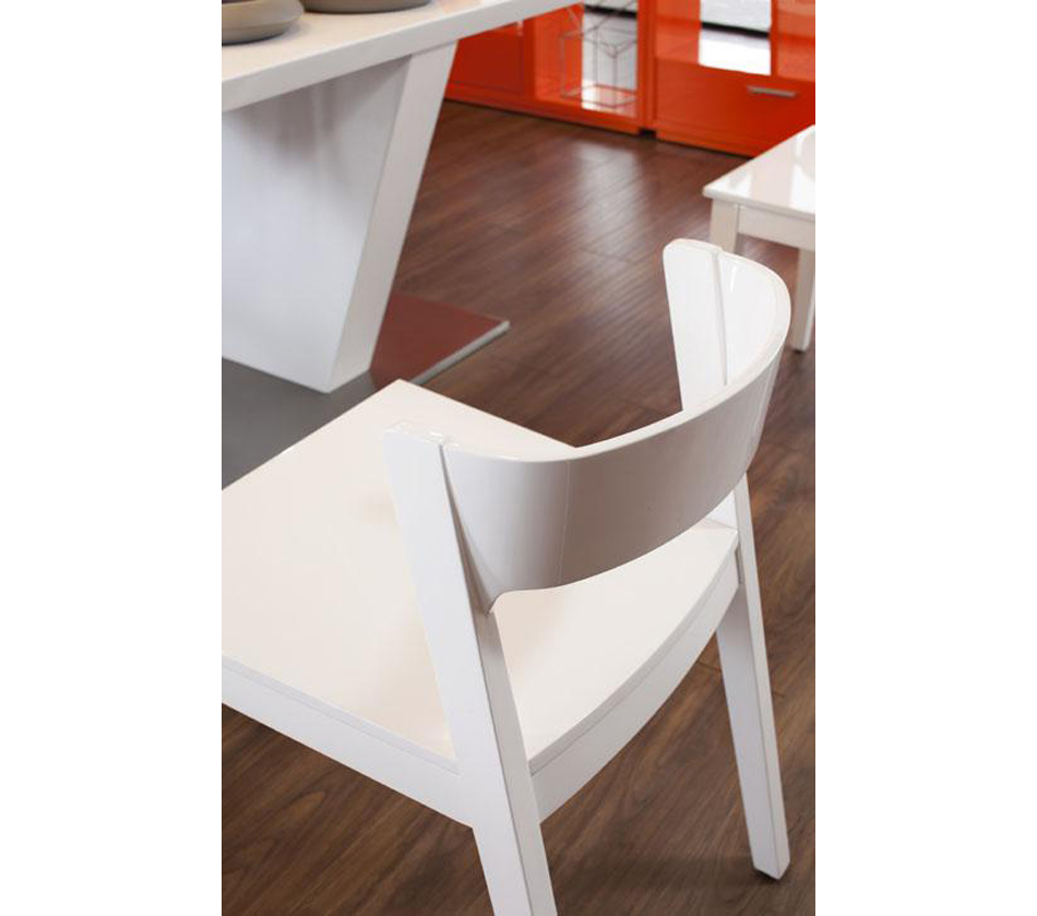 Crow White Lacquer Chair
