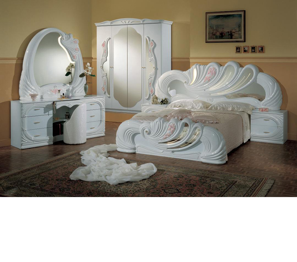 DreamFurniture.  Vanity White   Italian Classic Bedroom Set