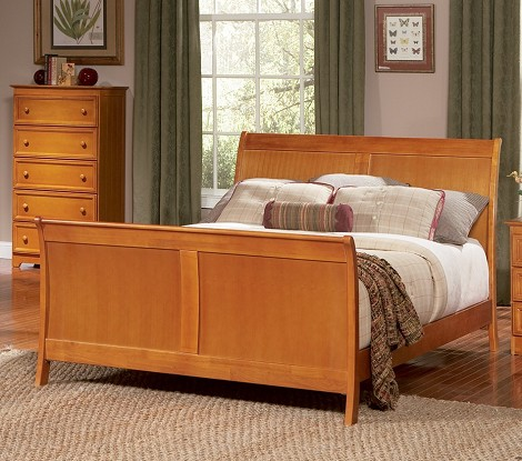 Bordeaux Sleigh Bed in Latte Finish