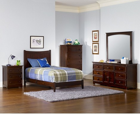 Manhattan Bedroom Set Walnut