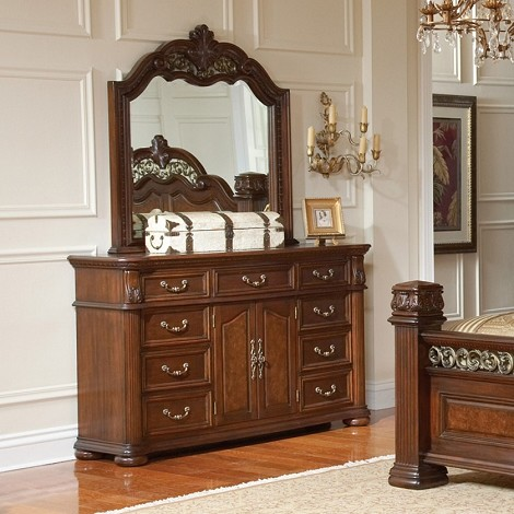201823 DuBarry Grand Dresser
