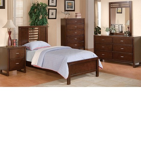 1353T Tove Bedroom Set