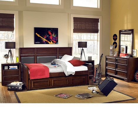 benchmark upholstered panel daybed
