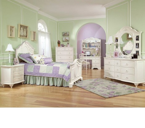 Enchantment Panel Bedroom Set