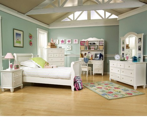 Summer Breeze Sleigh Bedroom Set
