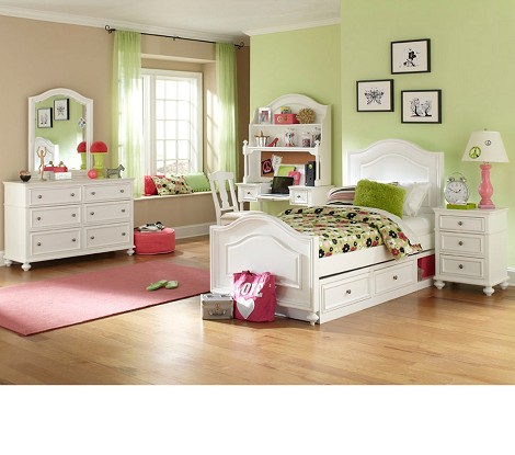 Madison Panel Bedroom Set