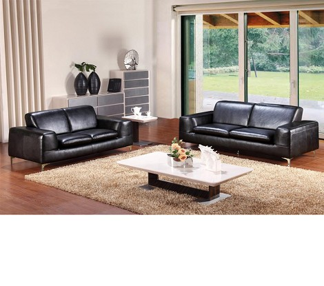 233 - Modern Italian Leather Sofa Set